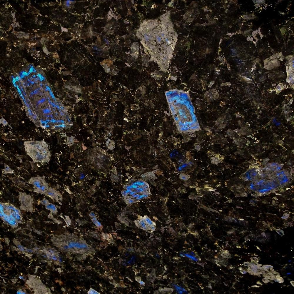 Granite Spectrolite poli