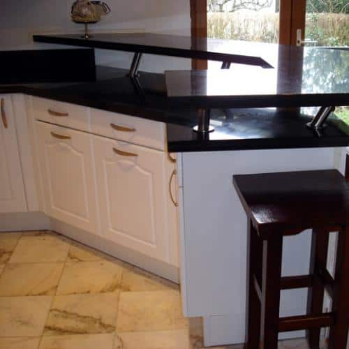 Kitchen granite worktops Bar et plan de travail zet black 2