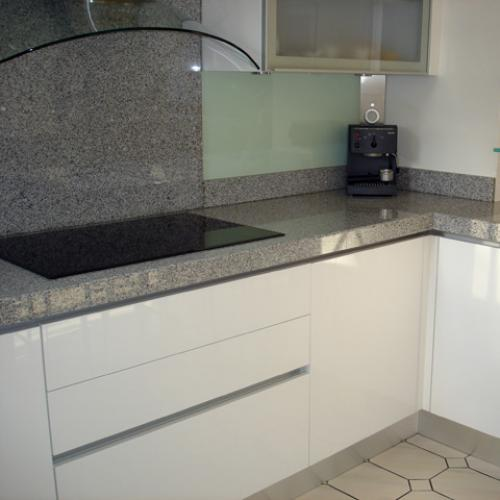 Kitchen granite worktops Gris perle poli