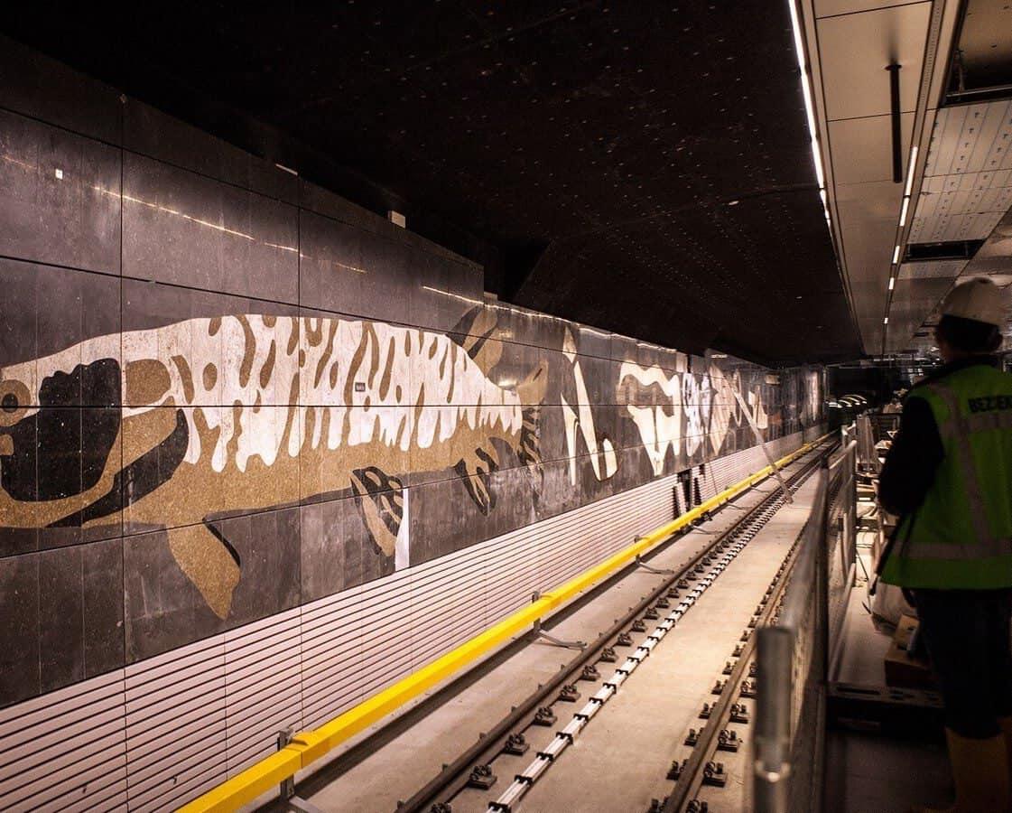 Décor d'une station à Amsterdam