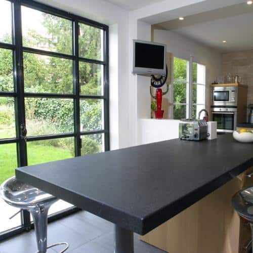 Kitchen granite worktops Noir absolu patiné