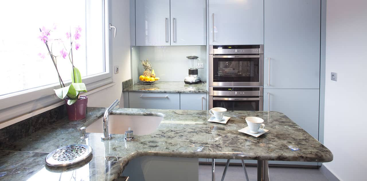 Kitchen granite worktops Labradorite Vert