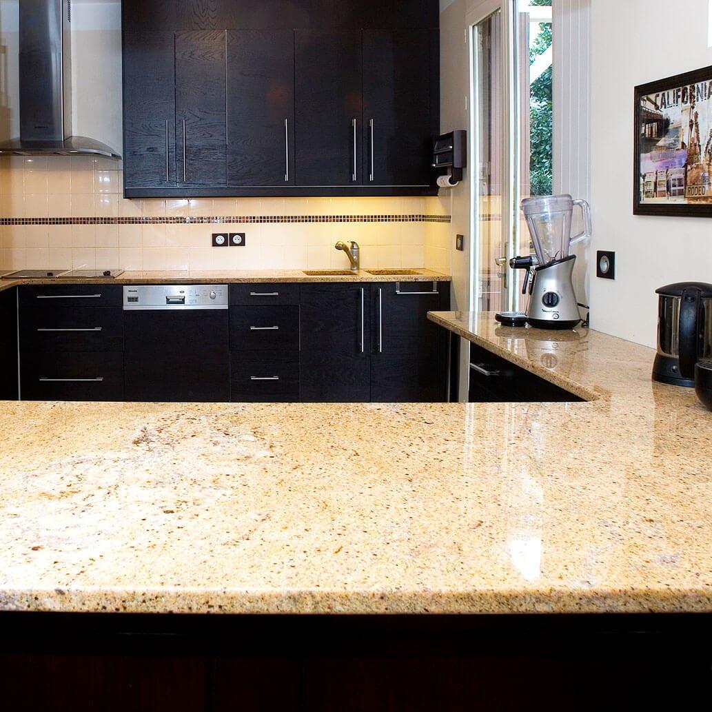 plan de travail granit pour cuisine mdy france. Black Bedroom Furniture Sets. Home Design Ideas