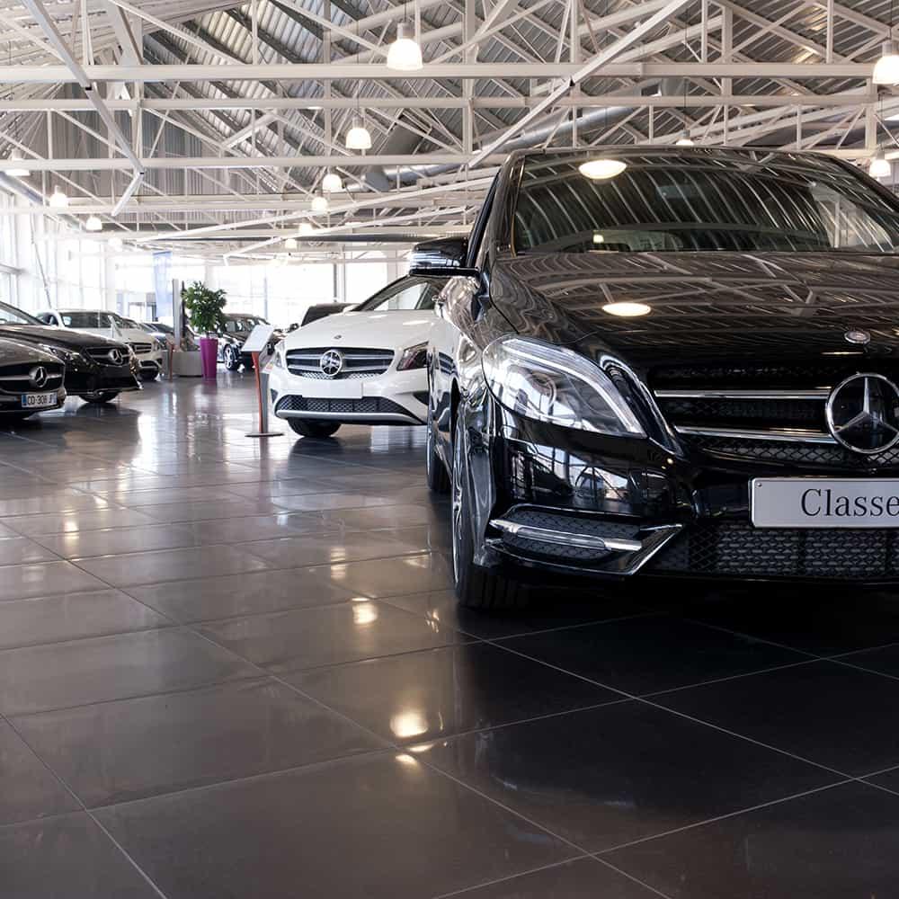 Boutiques Mercedes en carrelage FMG patiné